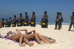Oil Field auction protest, Barra da Tijuca, Rio de Janeiro