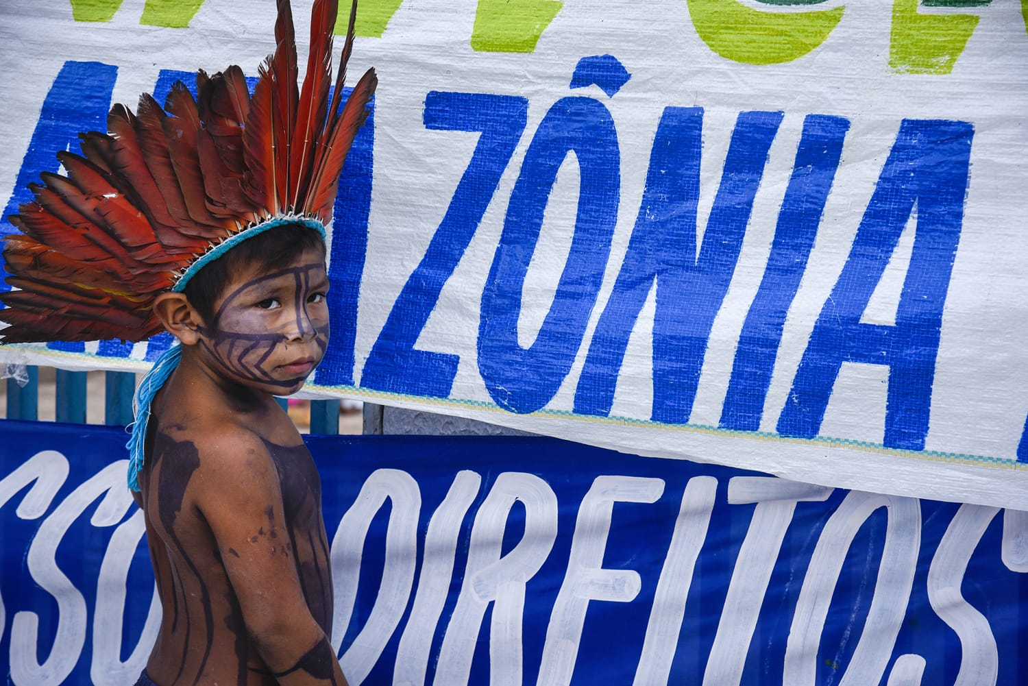 Munduruku Indian protest against wood exploration on National Preserve , Altamira, Para